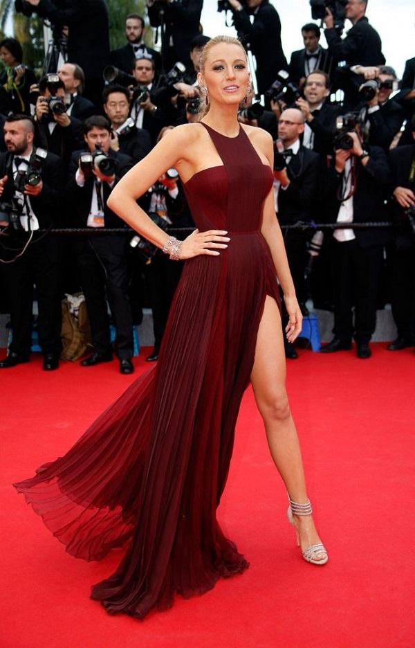 şarap kızılı elbise